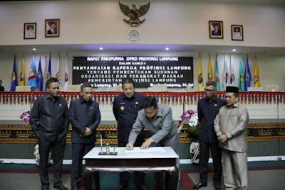 Gubernur dan Ketua DPRD Lampung Teken Persetujuan Bersama Pertanggungjawaban APBD 2018