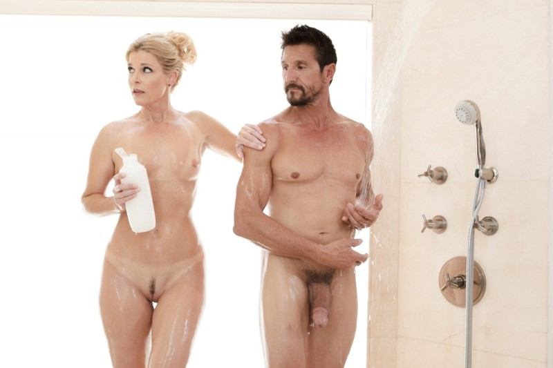 Nurumassage – THE BOSS AND THE CLIENT – India Summer