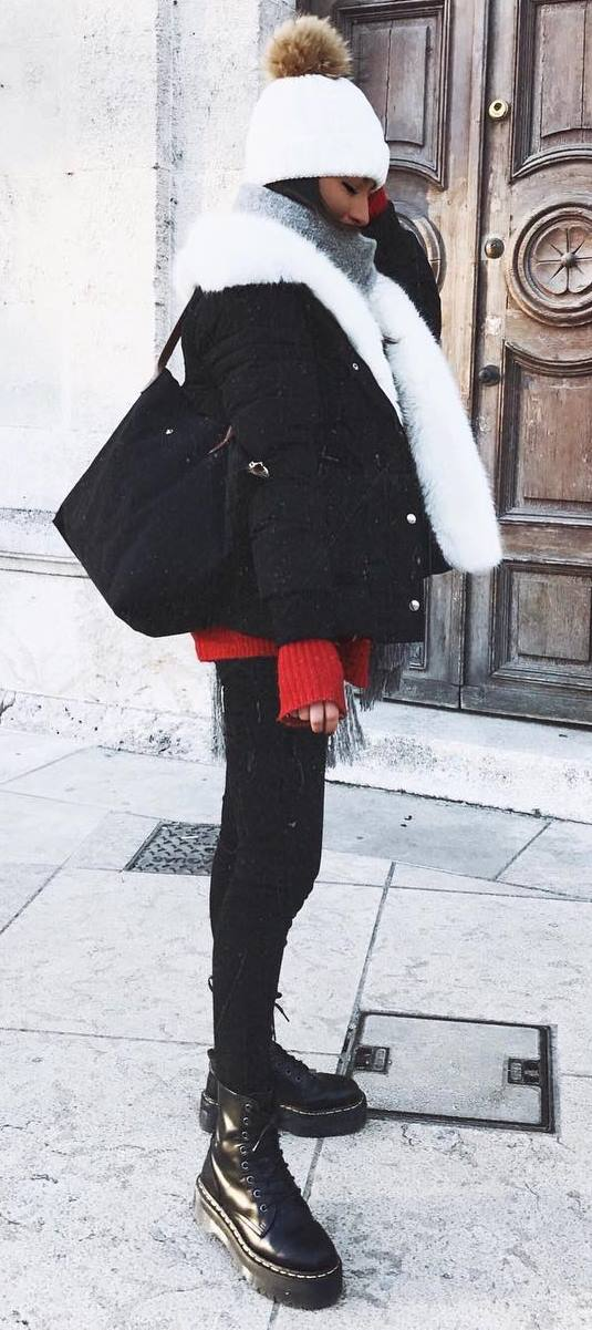 winter street style / hat + black jacket + bag + red sweater + skinny jeans
