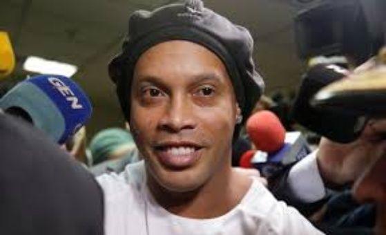 Ronaldinho podría estar involucrado en lavado de dinero