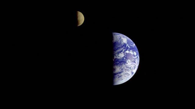 La NASA publica una foto única de la Tierra y la Luna vistas desde Marte