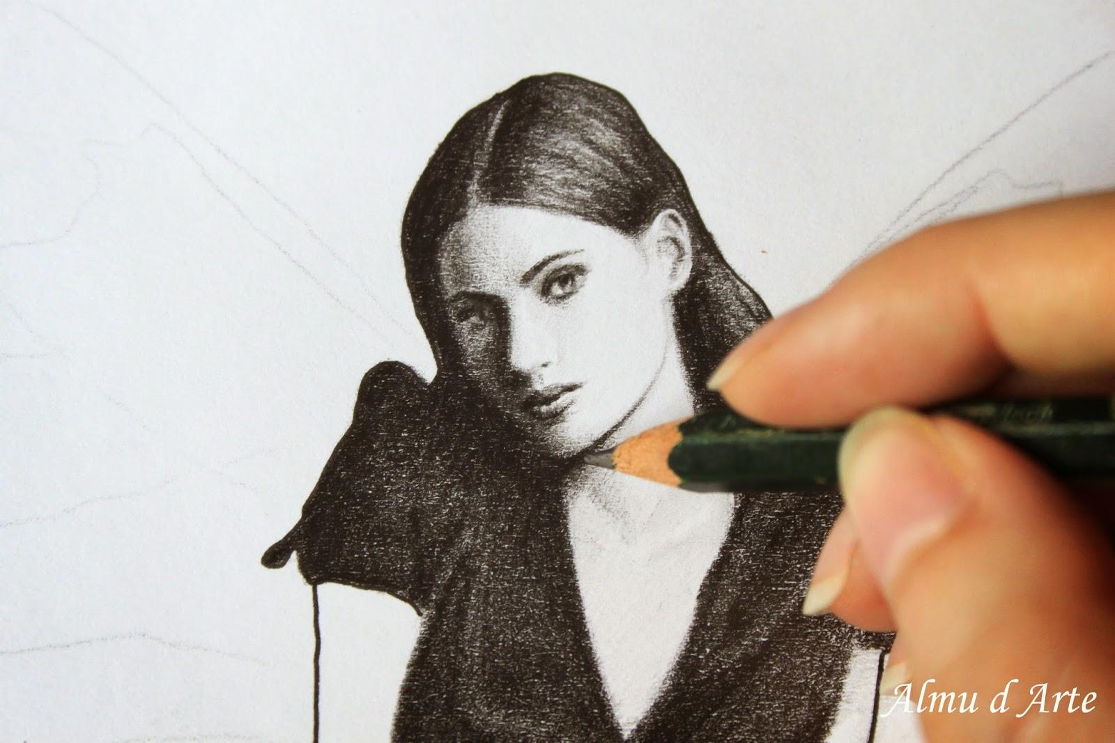 Retrato femenino a lápiz y tinta
