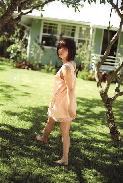 Erina Mano 真野恵里菜 Photos 03