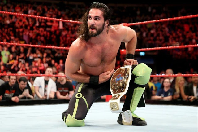 Seth Rollins andhis brother (Photo Credit: Twitter).