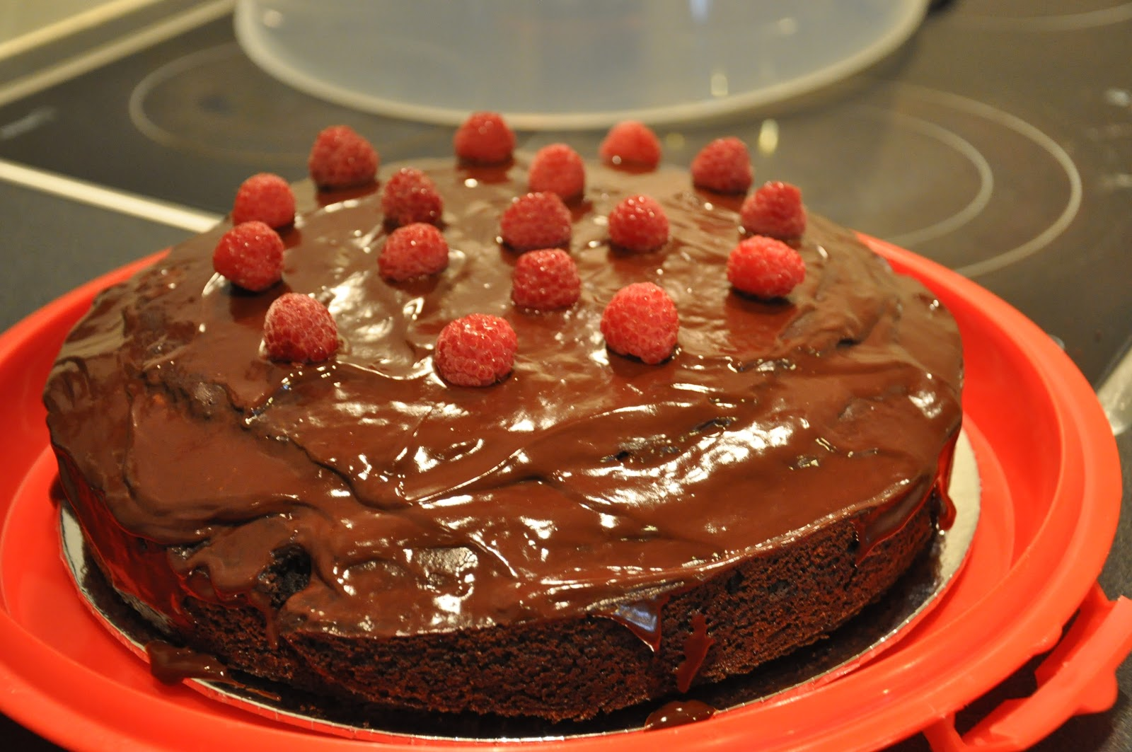 Her Worldly Pleasures Annabel Langbein S Ultimate Chocolate Cake With Ganache And Raspberry