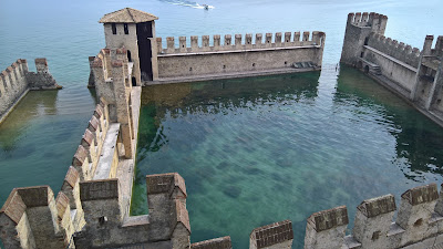 Photo of the Castello Scaligero in Sirmione.