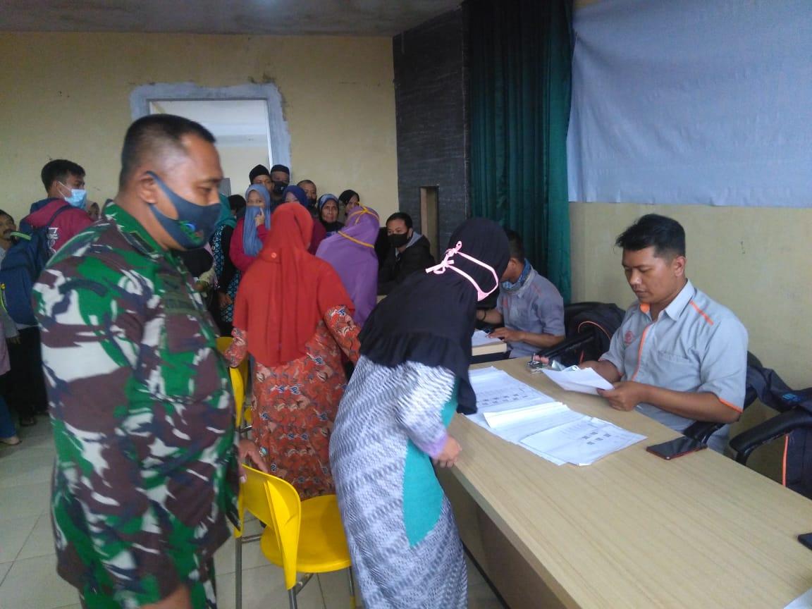 Pembagian Bantuan Sosial Tunai (BST)
