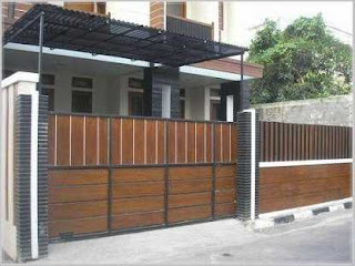 model pagar rumah minimalis besi hollow kombinasi kayu
