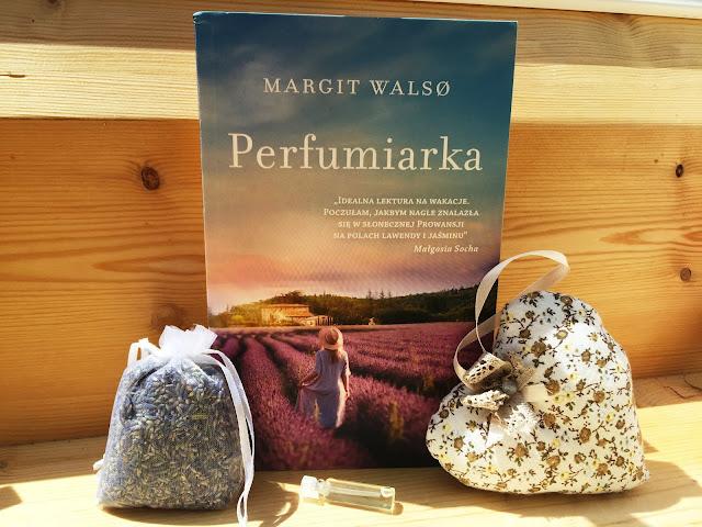 """Recenzje #114 - """"Perfumiarka"""" - okładka książki pt. """"Perfumiarka"""" - Francuski przy kawie"""