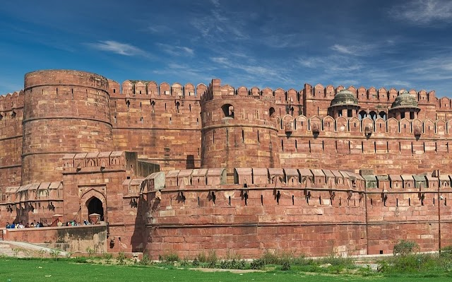 Indian Monuments - Agra Fort - History, Architecture and Facts