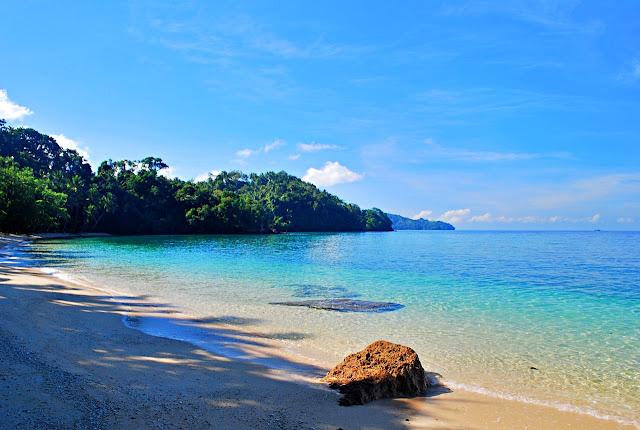 Kalamansig Beach