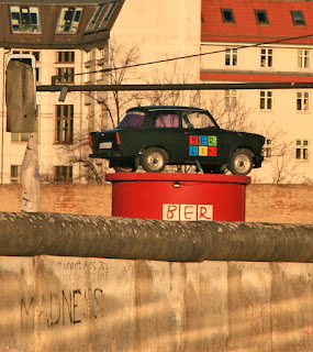 http://www.berlinica.com/the-berlin-wall-today.html