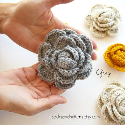 https://www.etsy.com/listing/254974737/crochet-brooch-handmade-choose-your?ref=shop_home_active_2