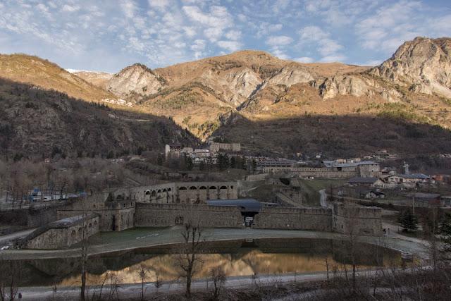 Panorama su Vinadio e sul Forte Albertino