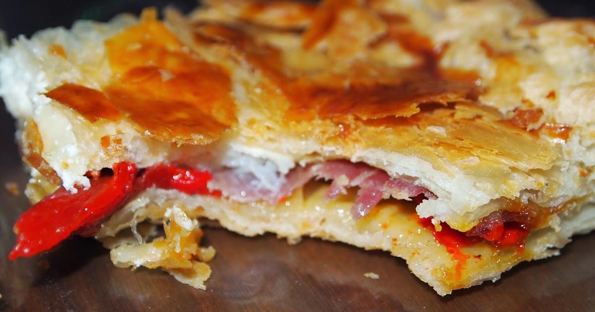 Empanada de pimientos asados cecina y queso de cabra - Hacer mermelada de pimientos ...