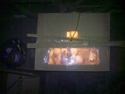 mesin tetas dari bahan kardus bekas