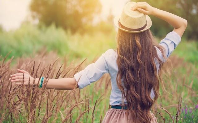Μακριά μαλλιά: Οι τροφές που πρέπει να τρώτε για να τα αποκτήσετε πιο γρήγορα