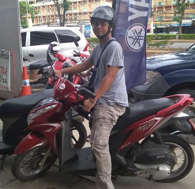 MENGGEMBEL DI THAILAND 2 (BANGKOK-PAK CHONG PP)