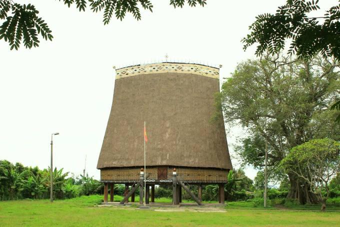 Nhà rông Kon K'lor
