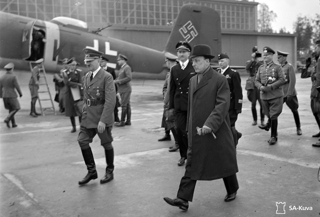 Hitler arrives in Finland. 4 June 1942 worldwartwo.filminspector.com
