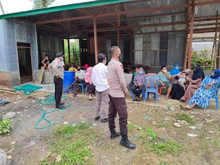 Bhabinkamtibmas Polsek Alla Desa Taulo, Rutin Sambangi Warga Binaannya