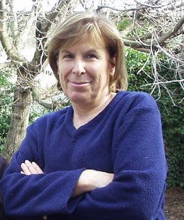La ficción: una mentira para llegar a una verdad. Entrevista a la escritora Luisa Peluffo