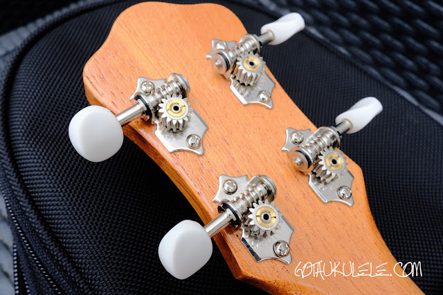 Oulcraft Soul Concert Ukulele tuners