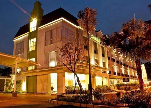 Kawasan Kuningan Merupakan Bagian Dari Wilayah Jakarta Selatan Di Daerah Ini Terdapat Cukup Banyak Penginapan Seperti Guest House Dan Hotel Terutama Yang