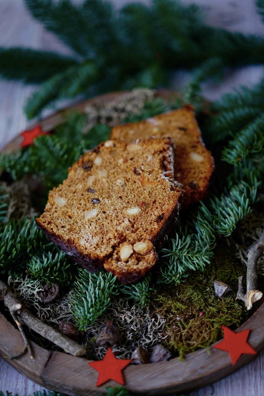 écorces d'orange , amandes , pain d'épices pour noel, recettes reconfortantes