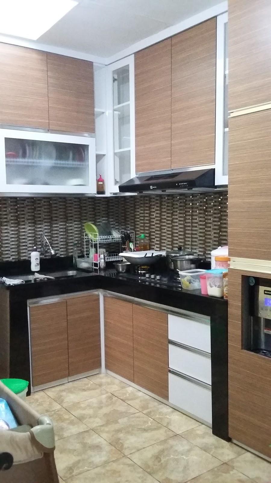 Kitchen set murah pabrik kitchen set minimalis for Buat kitchen set sendiri