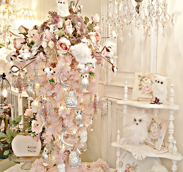 Upside Down Christmas Tree Decorating Ideas.Penny S Vintage Home Let S Make An Upside Down Christmas Tree