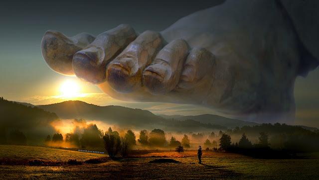 ΜΙΑ ΣΥΝΤΟΜΗ ΑΥΤΕΠΑΓΓΕΛΤΗ ΔΙΩΞΗ! ΕΝΟΧΟΣ Ο ΘΕΟΣ! ΚΑΤΑΔΙΚΗ ΣΕ ΕΞΩΣΗ ΚΑΙ ΑΦΕΣΗ ΑΜΑΡΤΙΩΝ!