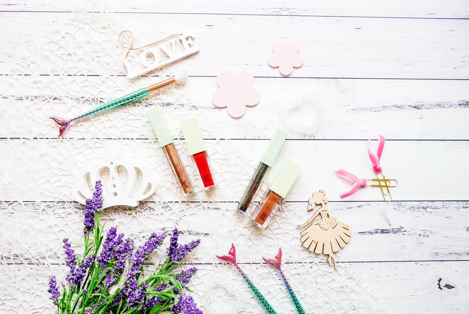 Rozjaśnij oczy i usta z zestawem kosmetyków Lit Kit od Pixi Beauty