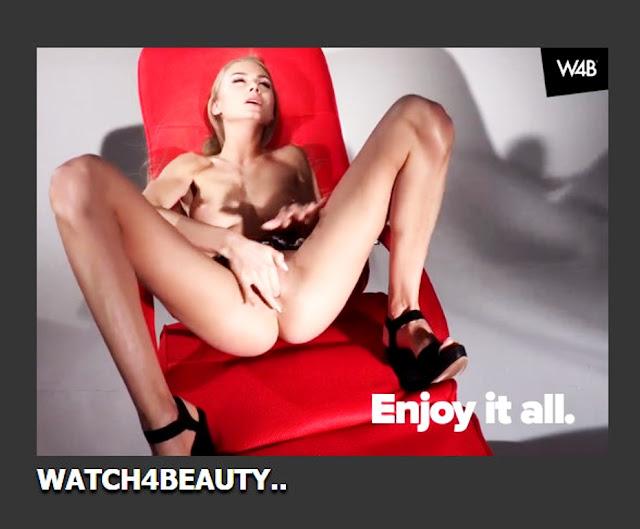 Фото эротика Watch4beauty: Красивая голая девушка Сюзанна в эротической домашней фотосессии. Большую грудь заказывали