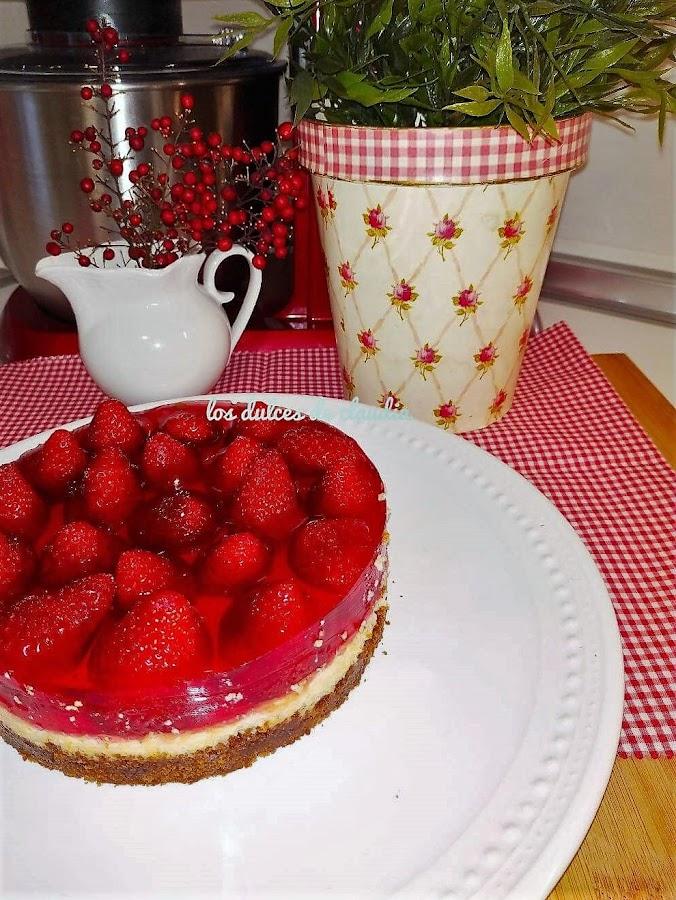 tarta de limón y fresas