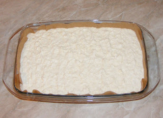 reteta preparare prajitura de casa in 3 straturi cu aroma de vanilie,
