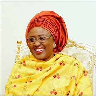 Aisha Buhari Surprisingly Spotted Inside Tricycle (Photo)