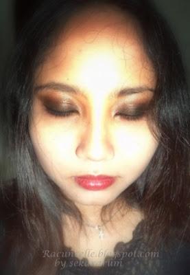 Penampakan Make Up Kalo Difoto Pake Flash
