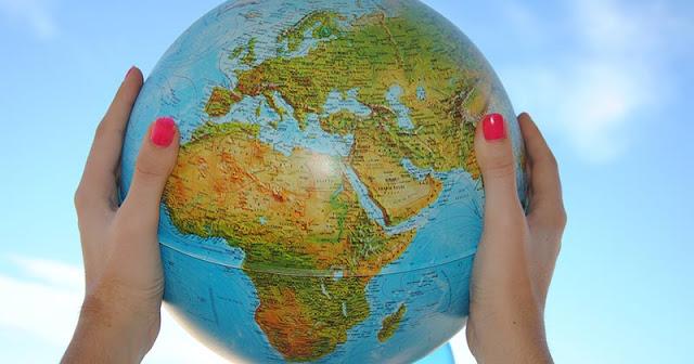 Cómo vivir y trabajar mientras viajas por diferentes países
