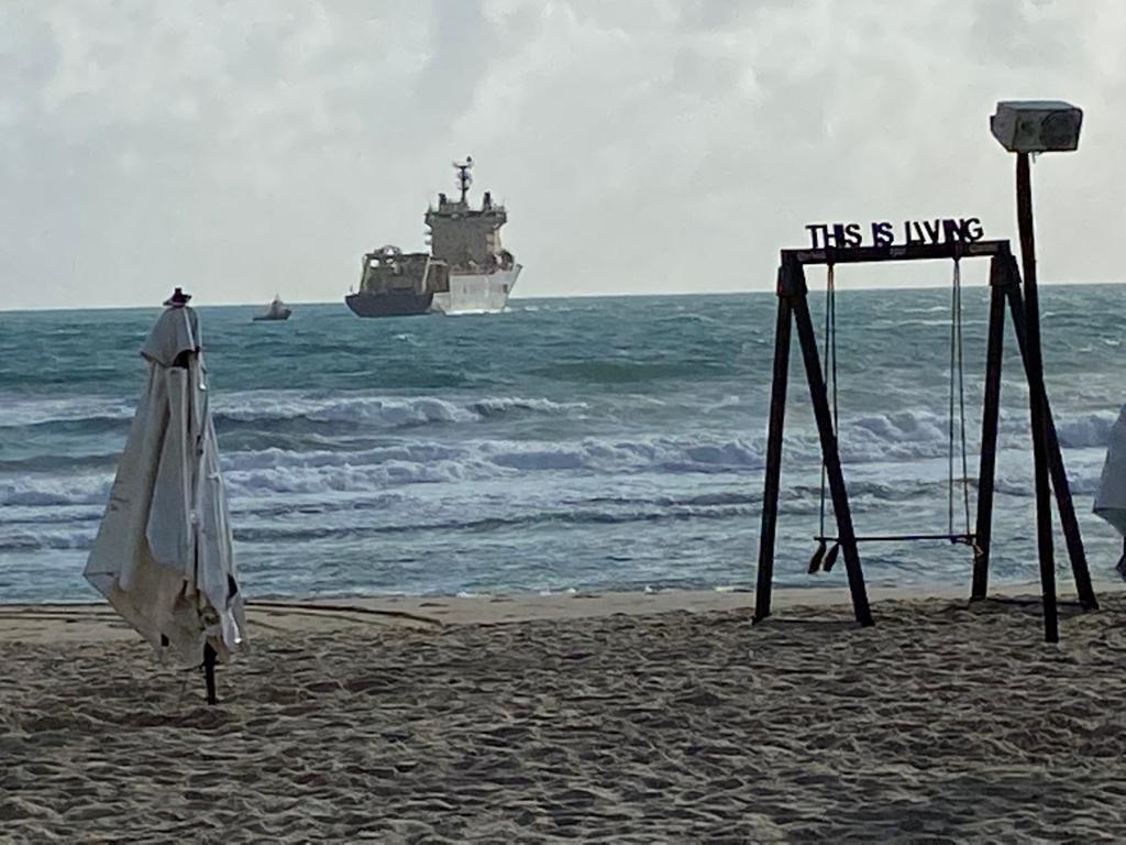 Ancoragem do 15º cabo submarino de Fibra Óptica é concluída na Praia do Futuro-CE