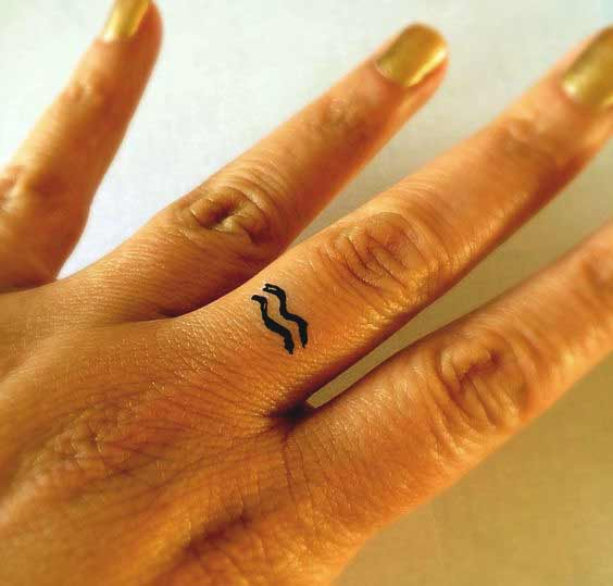 Best Aquarius tattoos design on finger