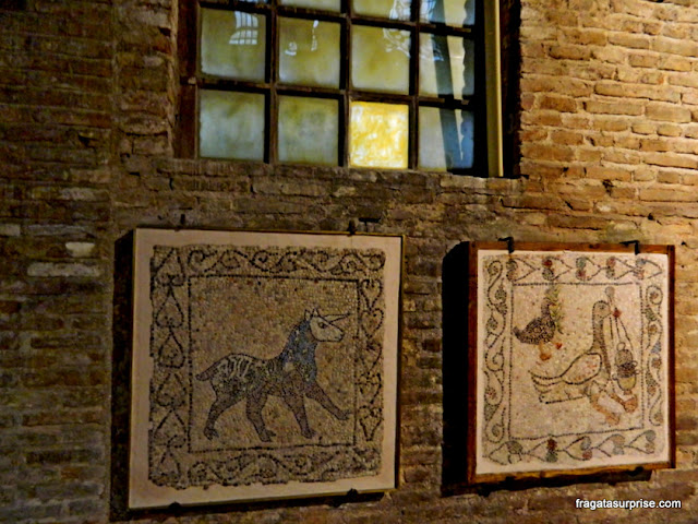 Mosaicos na Basílica de São João Evangelista, em Ravena, Itália