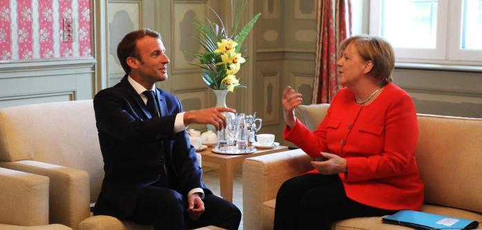 https://1.bp.blogspot.com/-F_BugIALaZI/Wypkd1LZwKI/AAAAAAAAKRU/TWo6H4wd1uE_TvIptljlVINs1r3dE194QCLcBGAs/s1600/German-Chancellor-Angela-Merkel-R.jpg
