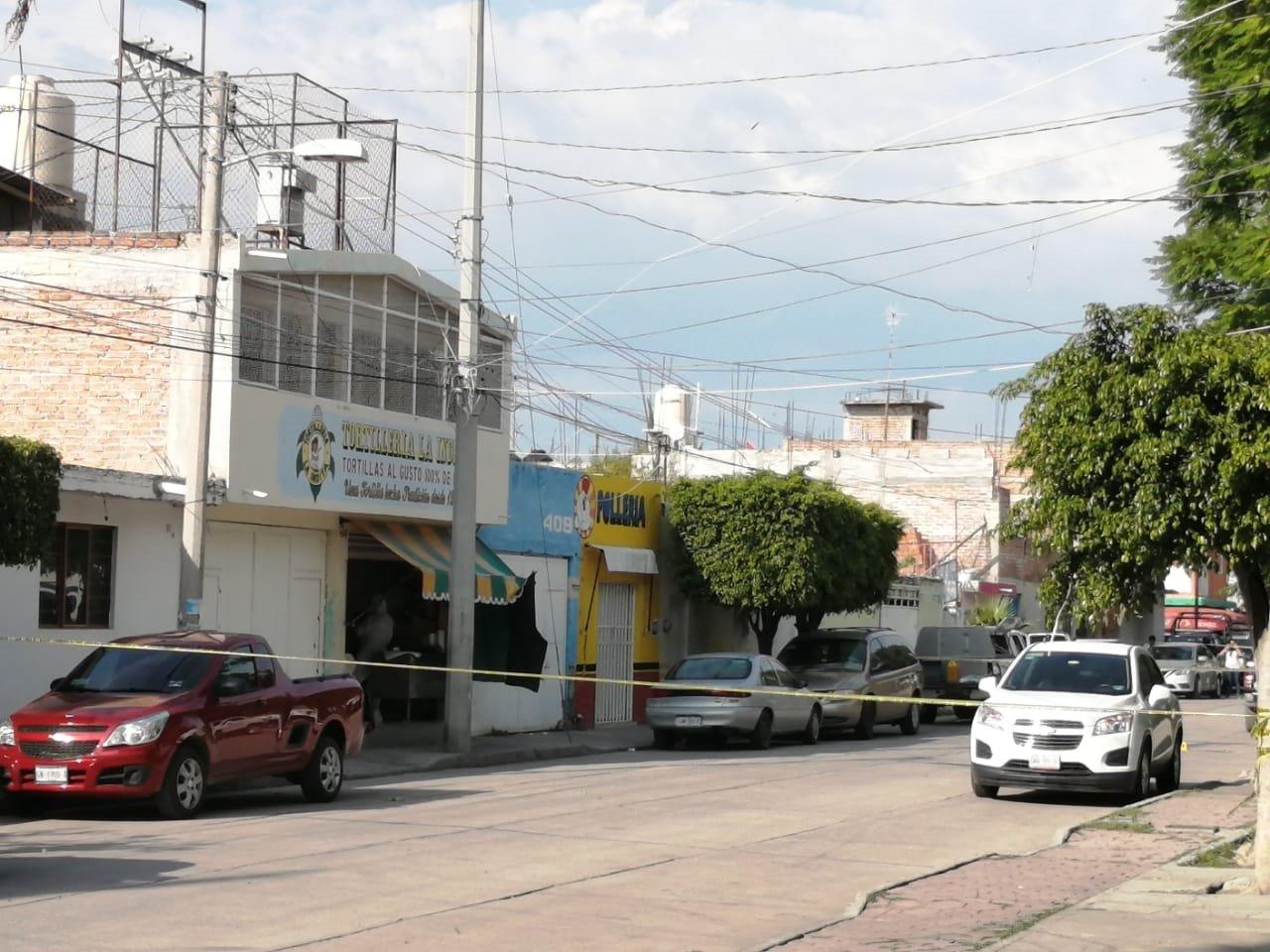 Imagenes; Cobardes atacan comercios en Celaya, Matan a 3 tortilleras y 1 trabajador de cementera