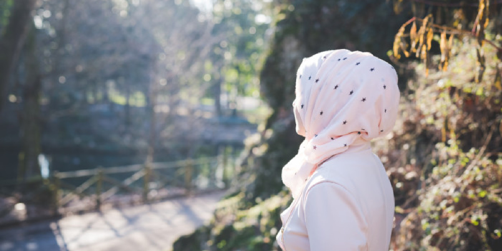30 Kata Kata Hijrah Wanita Muslimah