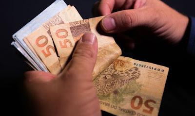 Salário mínimo para 2021.