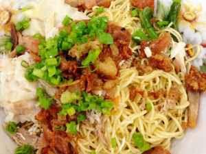 Kuliner Indonesia - Mie Pangsti Tiongsim