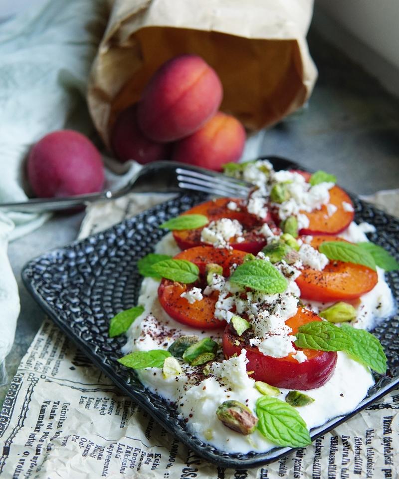 aprikoosiresepti, kesäsalaatti