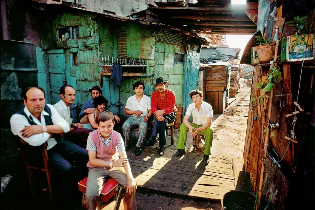 Wonderful Color Photographs Capture Daily Life in Turkey ...