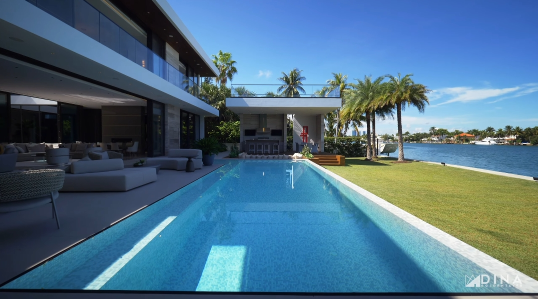 71 Interior Design Photos vs. 19 Palm Ave, Miami Beach, FL Ultra Luxury Mansion Tour